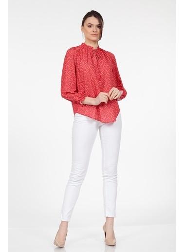 Vitrin Kalp Desenli Fırfır Detaylı Bluz Kırmızı